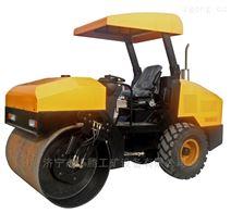 激振力大的4噸膠輪壓實機輪胎式振動碾地機
