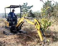 一年多赚十几万元 三一SY16C微挖苗木施工视频实拍